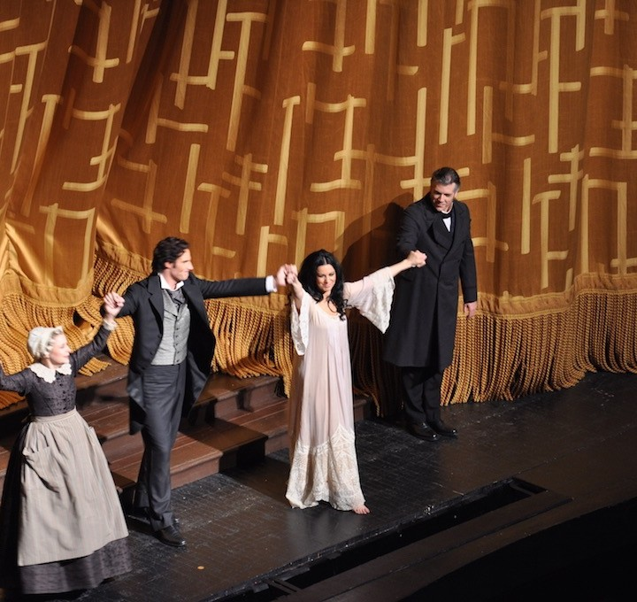 Traviata at the Met. April 10th. Photos and impressions