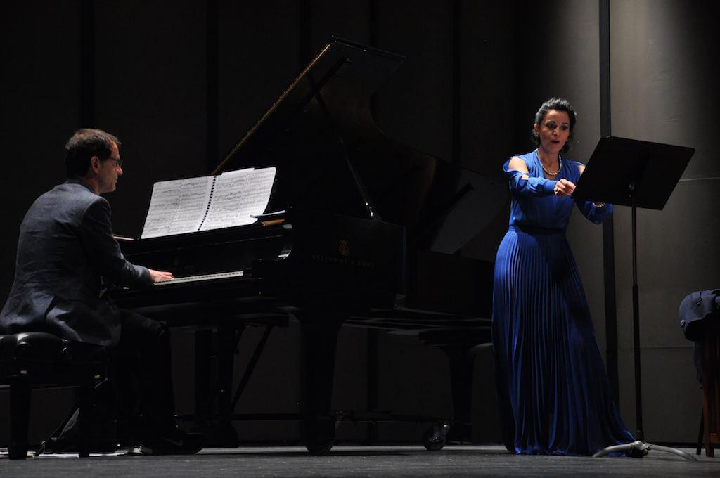 Reahearsal for recital in Los Angeles, 14.03.2013